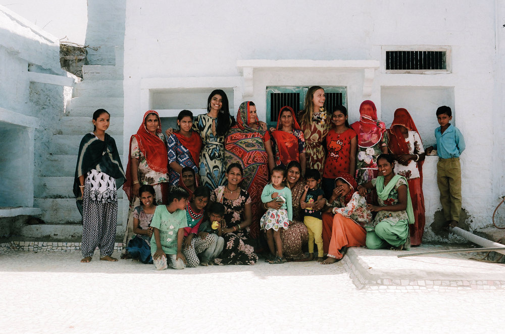 Jeanne de Kroon ZAZI's founder and the ladies at IPHD in India