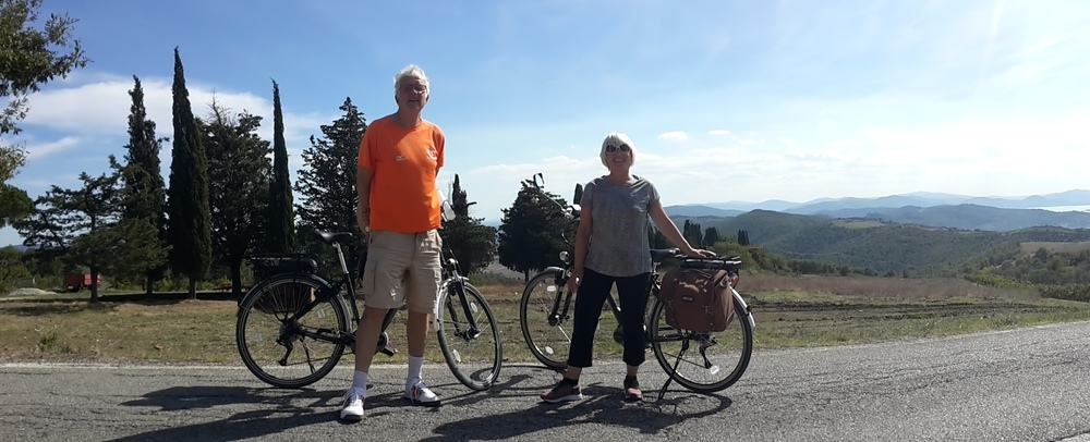Christian & Deborah on a short stop during their eBike day out above Lake Trasimeno