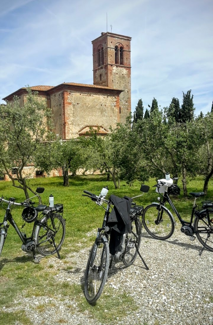 eBike Tour: No Parking Problems