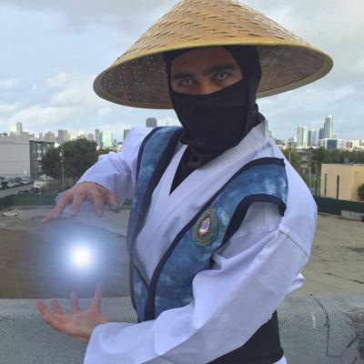 Raiden (Mortal Kombat) FINISH HIM!!!!!! Vote for Raiden