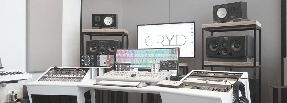 Apple Mac Pro 5,1 - 2.66GHz 12 core - 32GB RAM  Universal Audio Apollo 16  Antelope Audio Satori  ADAM Audio S3X-H  Yamaha NS-10m - Bryston 4BST  AVID Artist Mix  Fractal Audio Systems Axe-Fx II