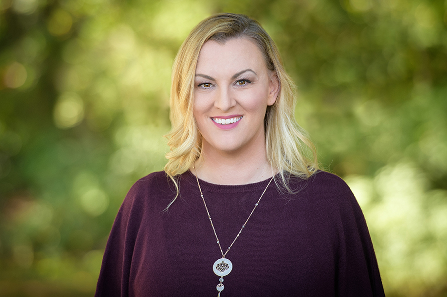 Rebecca Toner, MA, LPC is an emdria Emdr consultant-in-training, scheduled to be an emdria-approved consultant by october 2019. She specializes in attachment trauma and trauma-induced dissociation. all supervision is from a feminist, humanistic trauma lens.