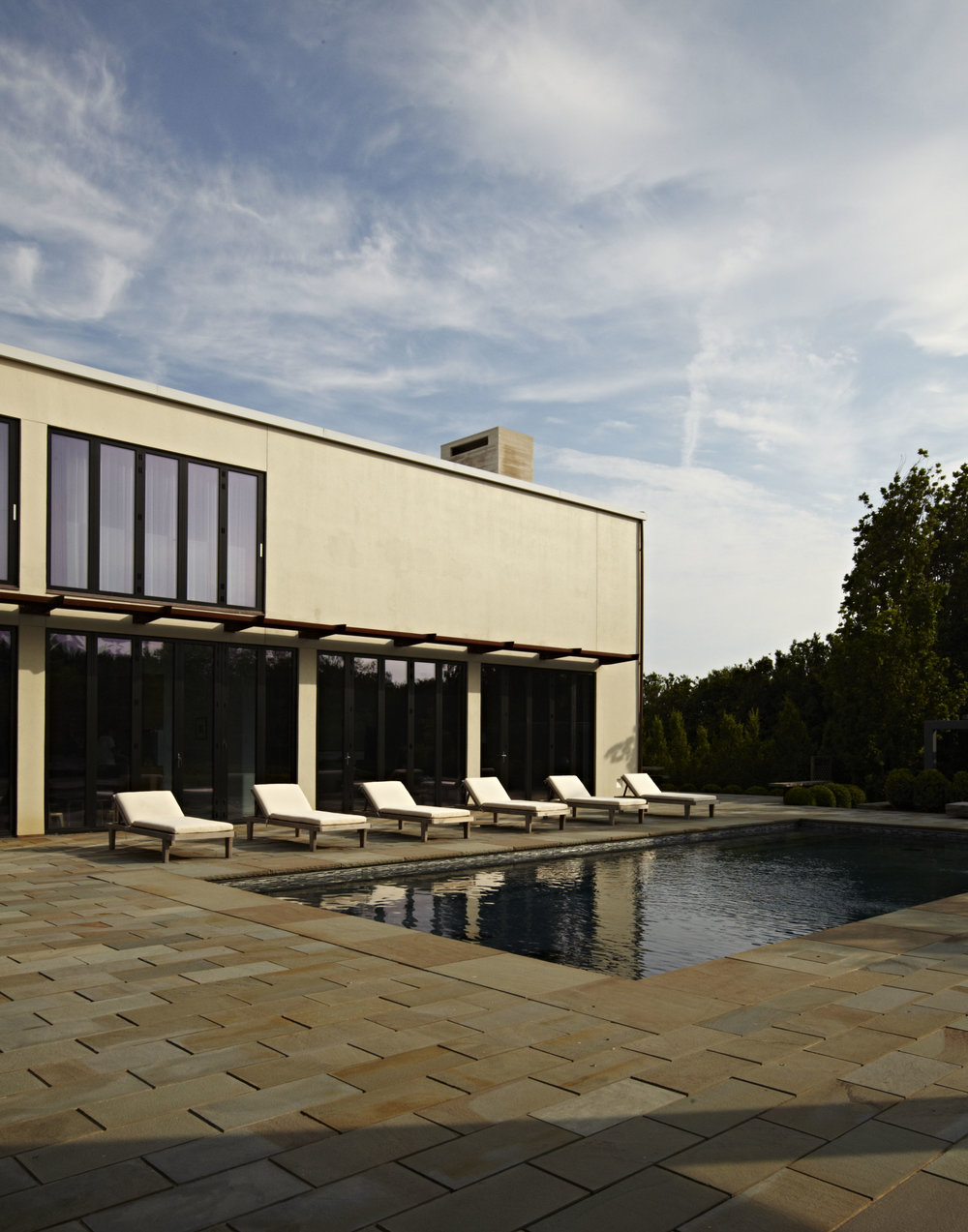 Bridgehampton exterior and pool