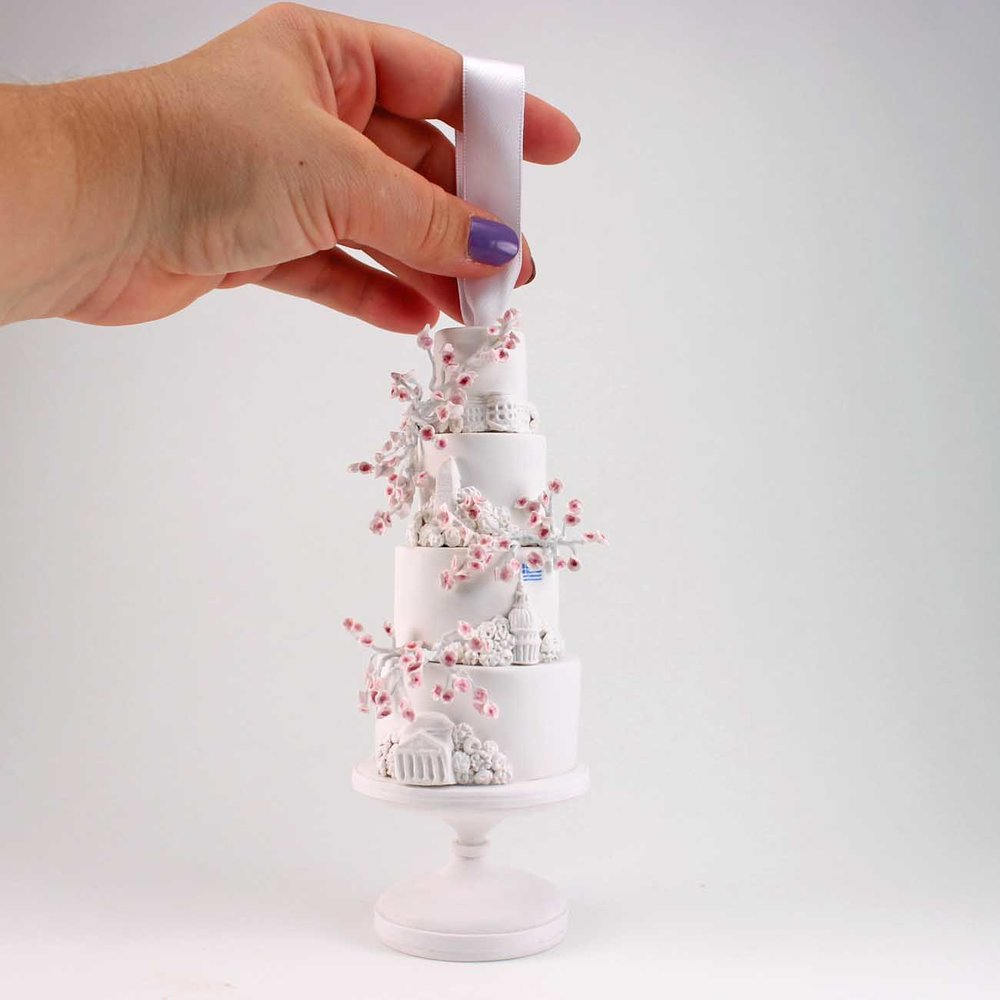 mini replica or cherry blossom cake with DC monuments.jpg