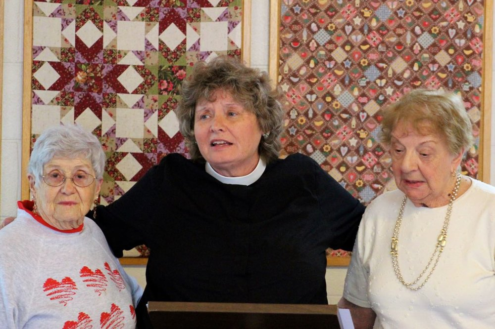Shirley Mosher and Rita Lord get Becky's thanks.jpg