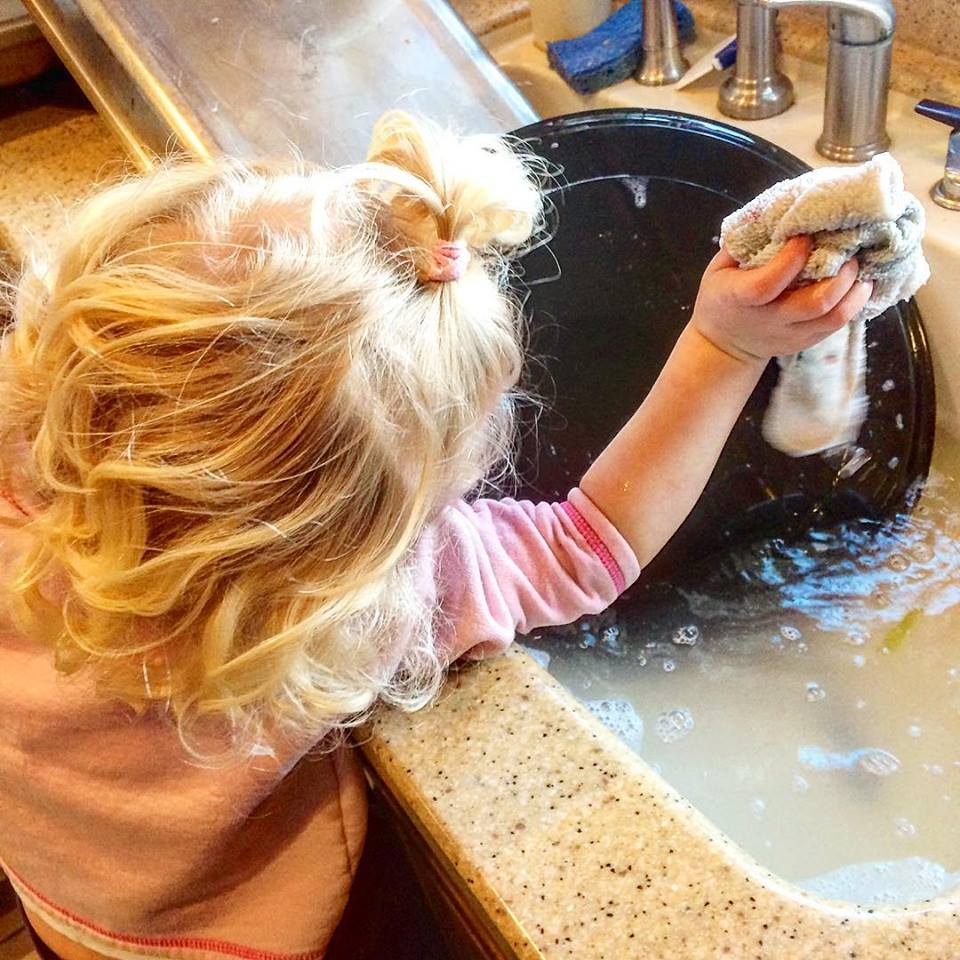 who said that helping in the kitchen has to mean knives or flames? - give them some soap and water and make clean-up slightly less stressful
