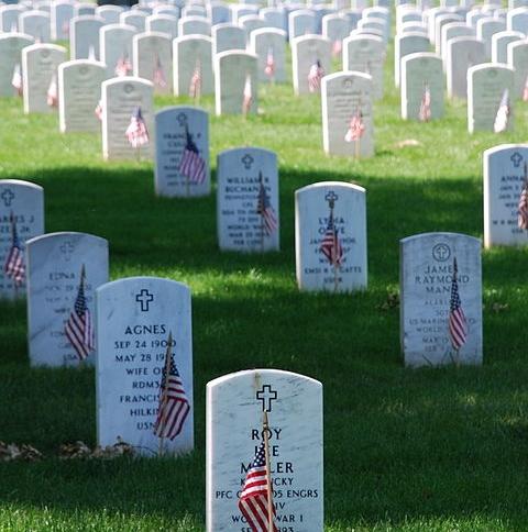 memorial day gravesite.JPG