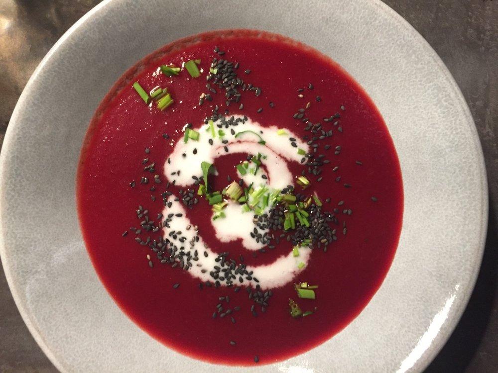 Rote Rüben Suppe_Nina Mandl TCM.jpg
