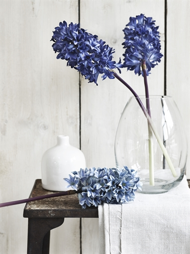 faux flower ideas and inspiration
