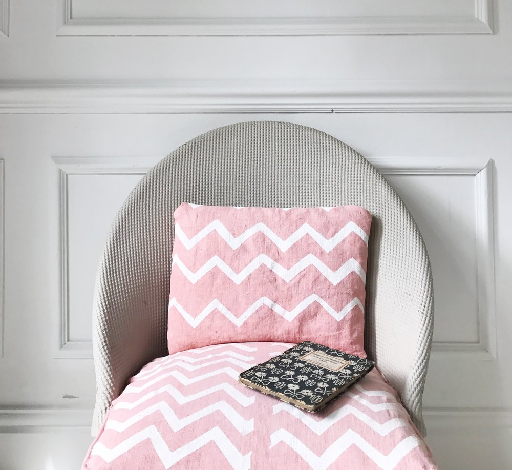 Zig Zag print by Anna at Camilla Pearl Blog.