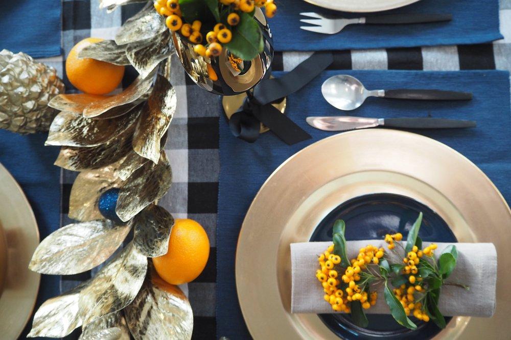 Christmas table by Camilla pearl Blog.JPG