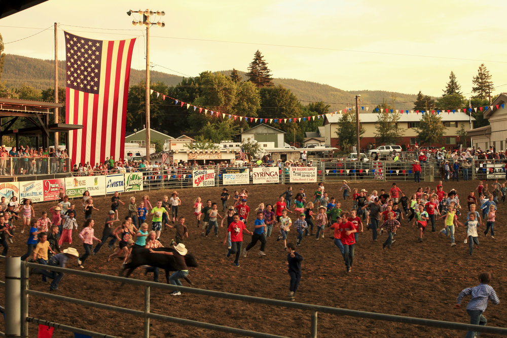 Border Days Calf Scramble