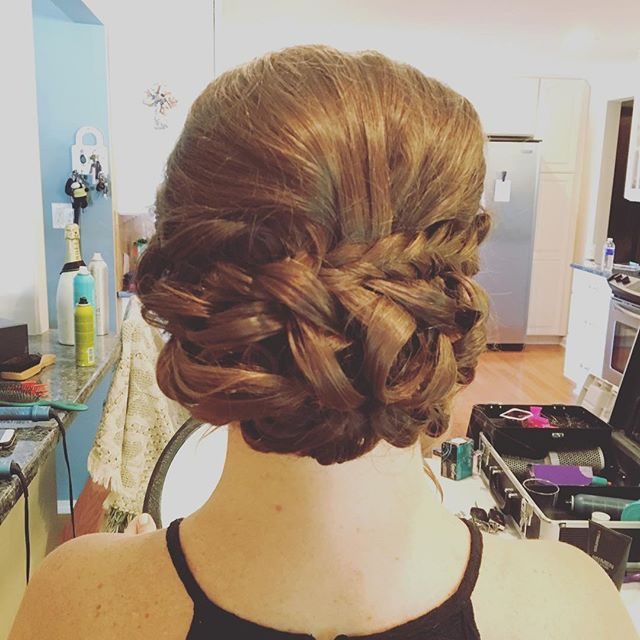 #weddinghair #halosalon #behindthechair #americansalon
