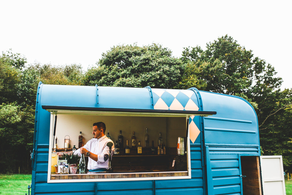 Mobile Bar Horsebox Bar
