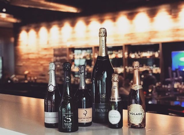 Ready to pop bottles with a special someone? We've got you covered ❤️ . . . #catalystrestaurant #valentinesday2019 #poppingbottles #bubbles #champagne #cambridgema #kendellsquare