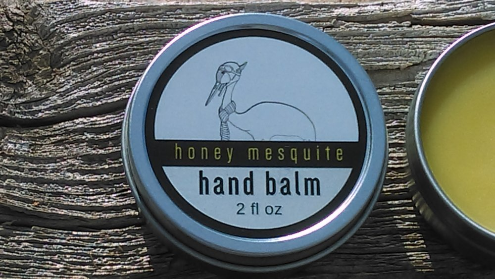 Infused with fragrant Honey Mesquite pods and soothing sap, our hand balm nourishes your skin and evokes the scents of the southern New Mexican desert