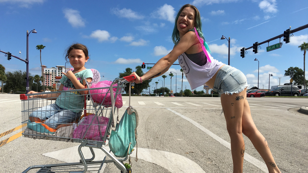 the-florida-project_shopping_cart.jpg