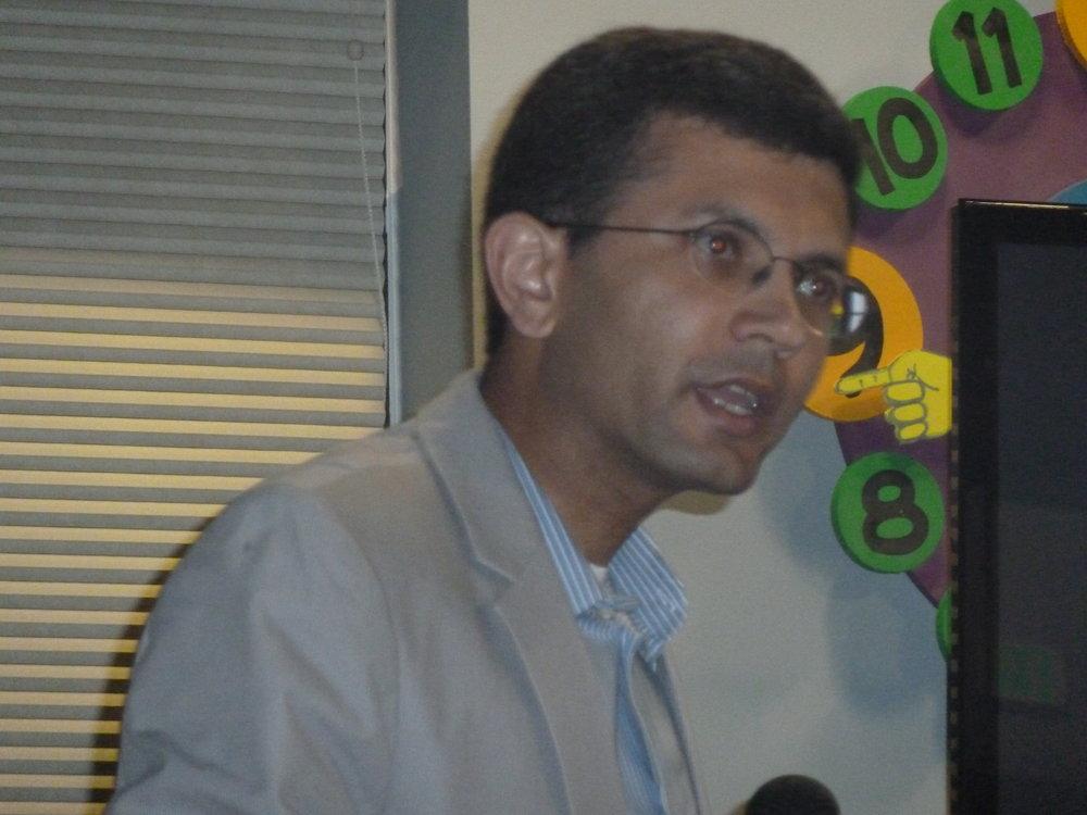 Dr. Husain, Neurologist