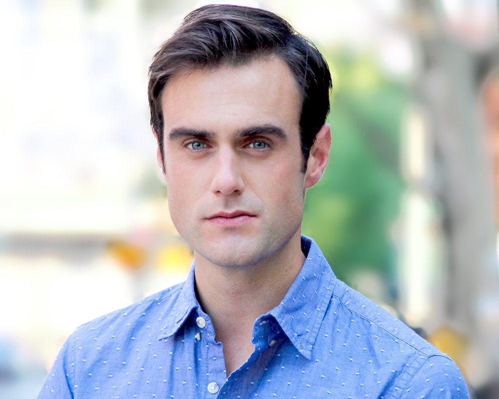 Actor Greg Mills