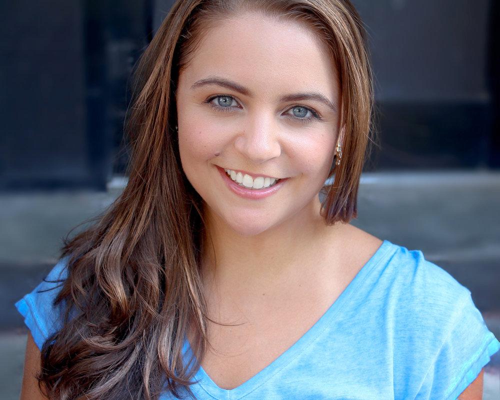 Dancer & Contortionist Allison Schieler