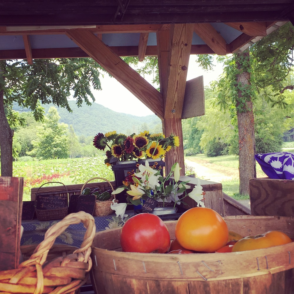 Flying Cloud Farm roadside stand.