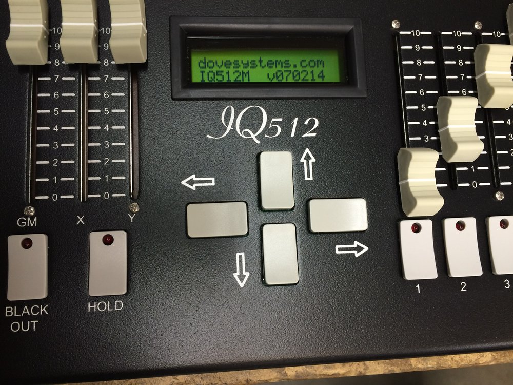 IQ512M-WMdis.jpg