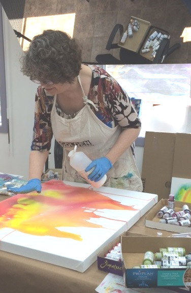 "Christine Sauer teaching ""Drip, Splash, Pour"". Photo courtesy Darlene Bigus-Doheny."