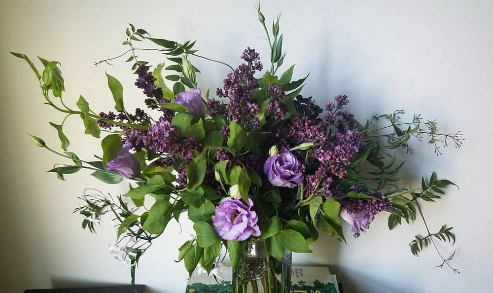 lilac and lisianthus arrangement