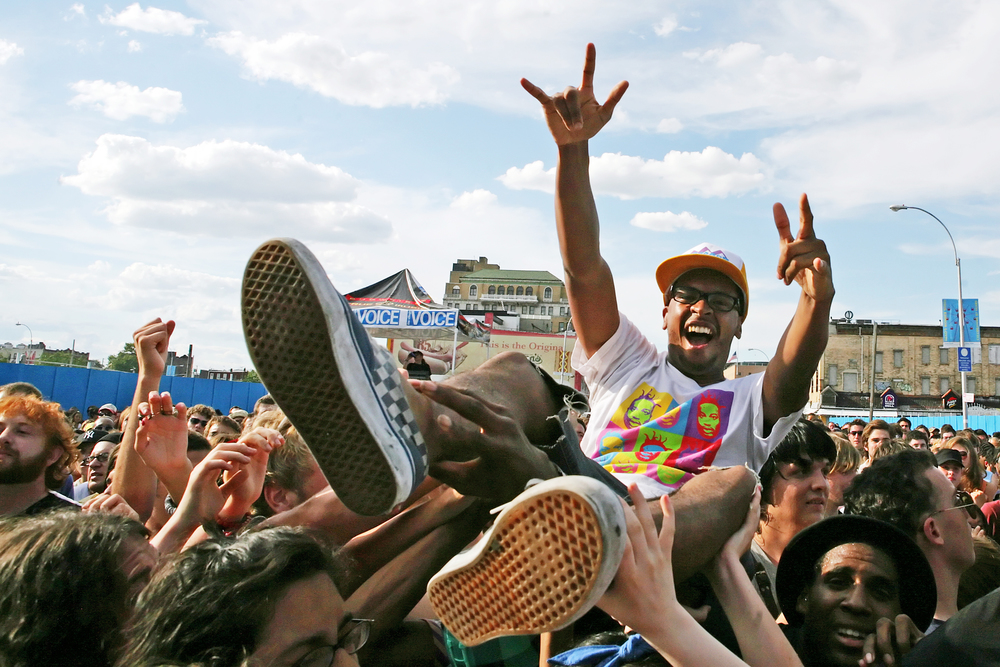 crowdsurfer-at-siren-music-festival_871182755_o.jpg