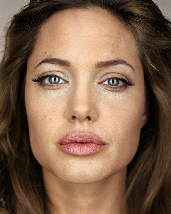 Angelina_Jolie_final_4X5.jpg