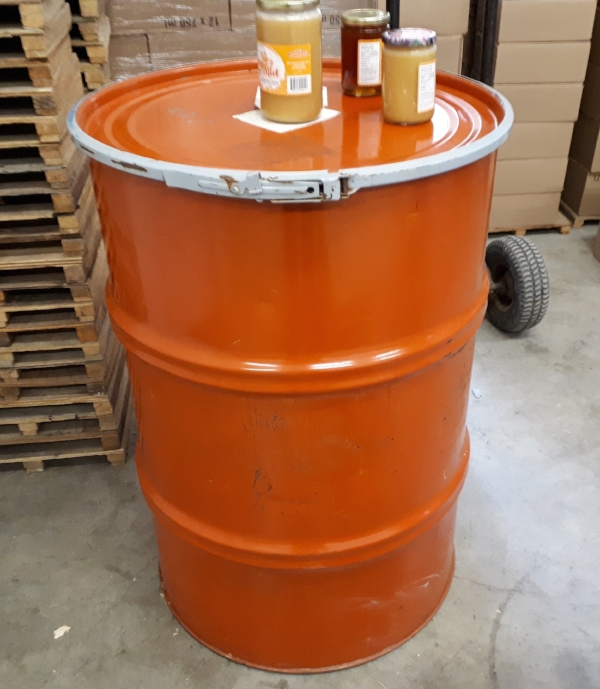 Wildflower honey in steel barrels for exports to USA and Europe