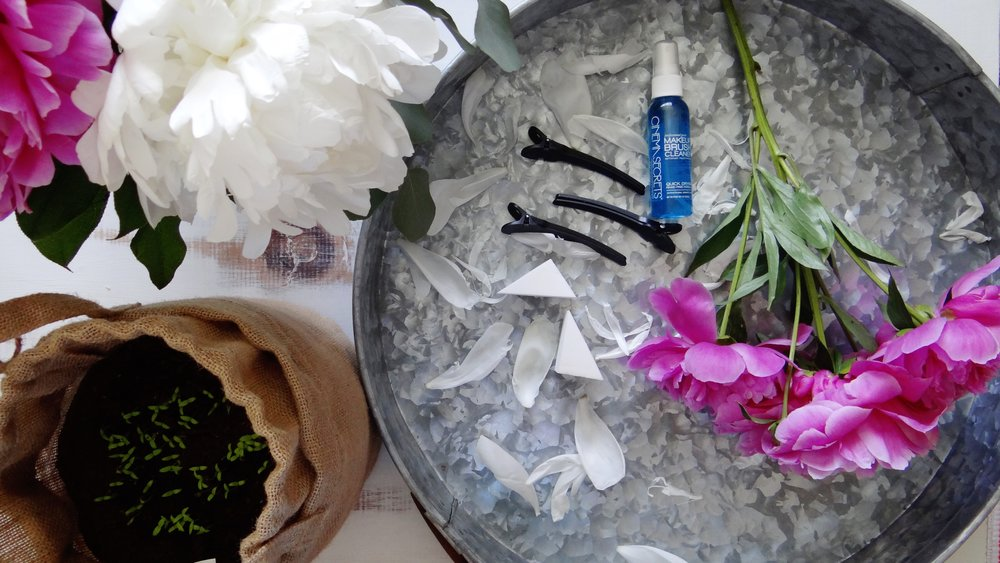 Building a Cruelty-Free Professional Makeup Kit: Extras