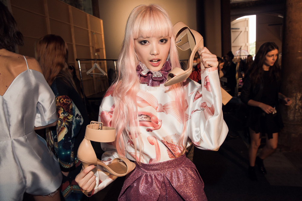 Alice McCall backstage MBFWA 2014 - Fernanda with Nasty Gal shoe