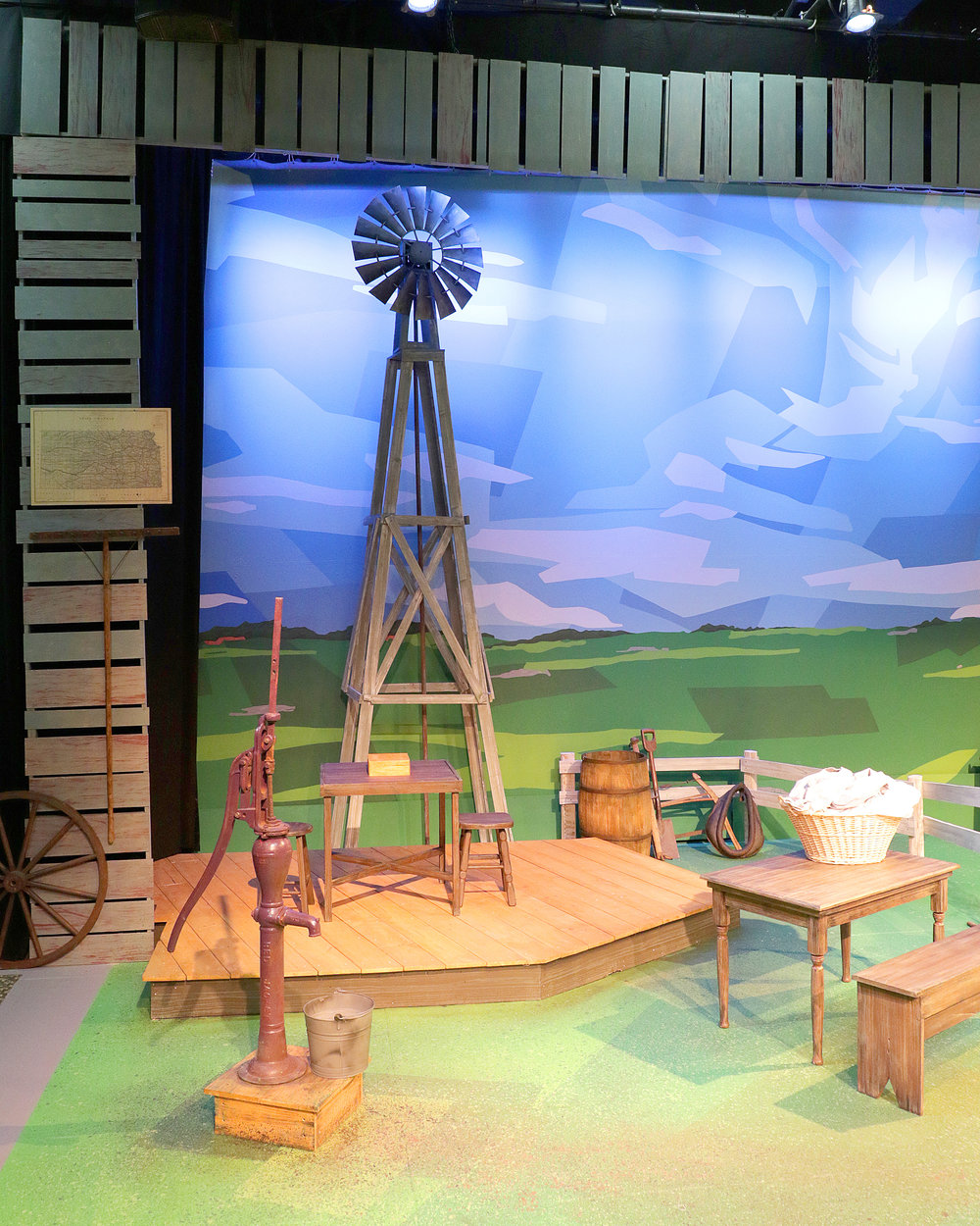 Sarah, Plain and Tall  by Joseph Robinette  Kate Goldman Children's Theater at the Des Moines Playhouse  (Allison McGuire, Director; Kevin Shelby, Scenic Designer; Susanna Douthit, Costume Designer; Virgil  Kleinhesselink, Lighting Designer)