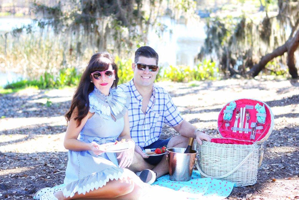 picnic basket classic modern.jpg