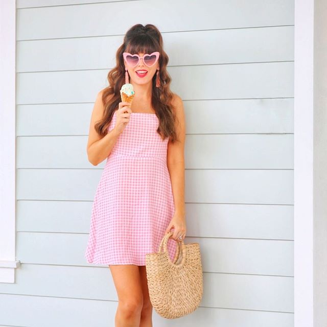 Retro Glam Gal in Gingham! Holla 🍦 @liketoknow.it http://liketk.it/2wmNR Shop the look and read the full post by clicking the link in my bio or via the LIKEtoKNOW.it app 💗 • • • •  #liketkit #ootd #fashionaddict #fashiongram #orlandoblogger #summerstyle #iscreamforicecream #icecream #treatyoself #mondaze #retrostyle #wiw #currentobsession #showmeyourmumu #bloomiesorlando #fashiondaily