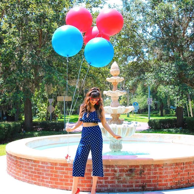 God Bless the USA!! @liketoknow.it Hope everyone has a happy and safe 4th of July! http://liketk.it/2wph1 #liketkit • • • • #ltkunder100 #ltkunder50 #summerstyle #mysouthernliving #americanstyle #patrioticstyle #america #godblesstheusa #sunnylife #floridaliving #orlandoblogger #floridablogger #ootd #wiw #fashiondaily #allamerican #americandream #americanmade #fashionaddict #modernclassicstyle #modernwoman #fashiongram