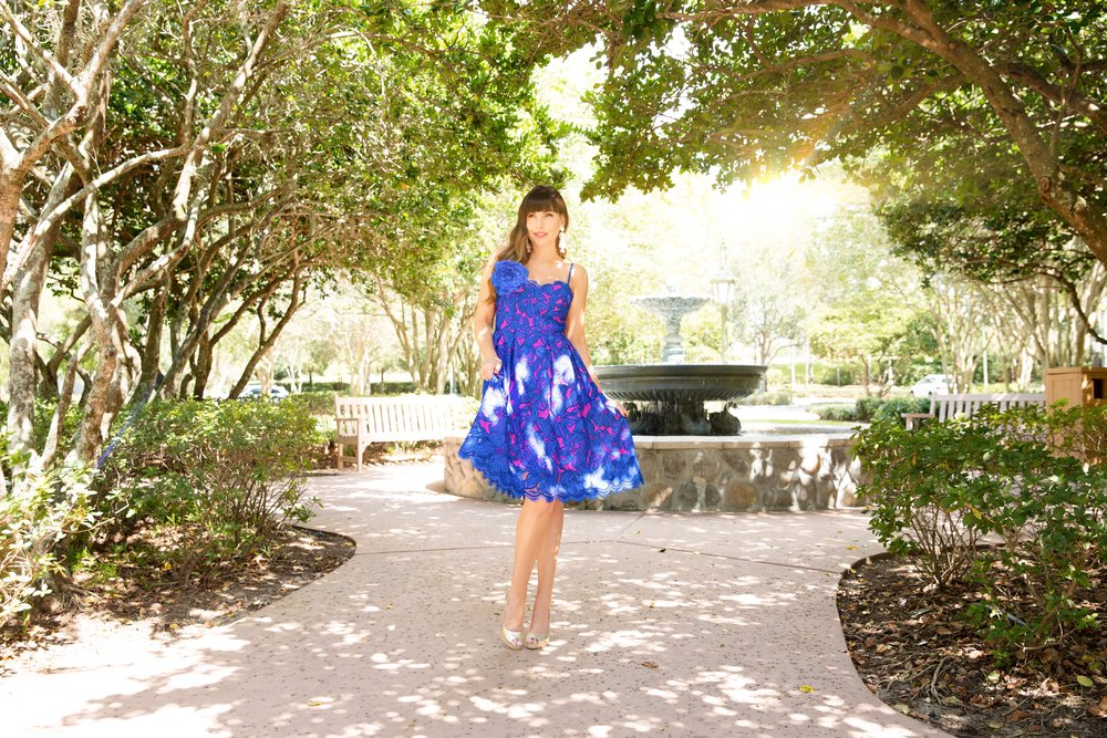 Lilly Pulitzer Resort 2019 Camella Dress Disney Fountain.JPG