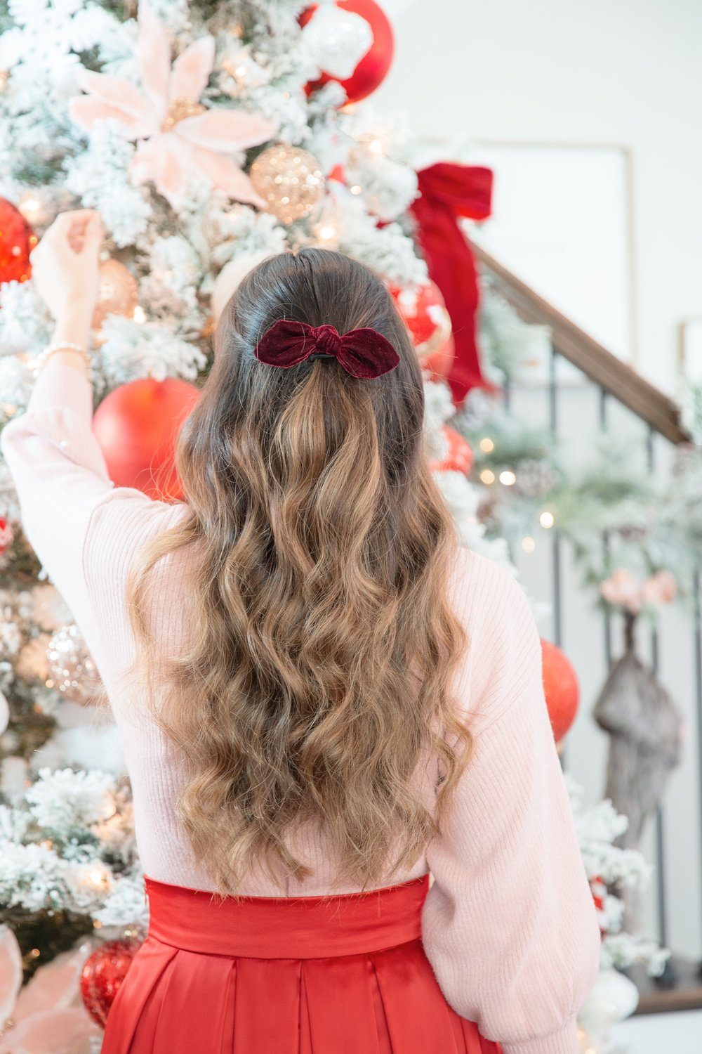pink and red bow and christmas tree.JPG