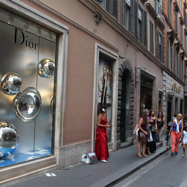 The Dior facade on Via Dei Condotti