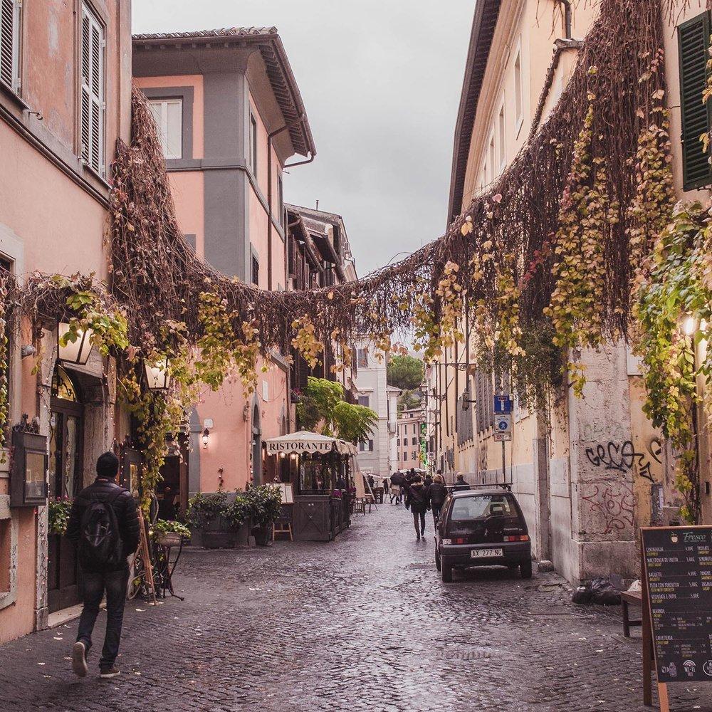 rome-trastevere-streets.jpg