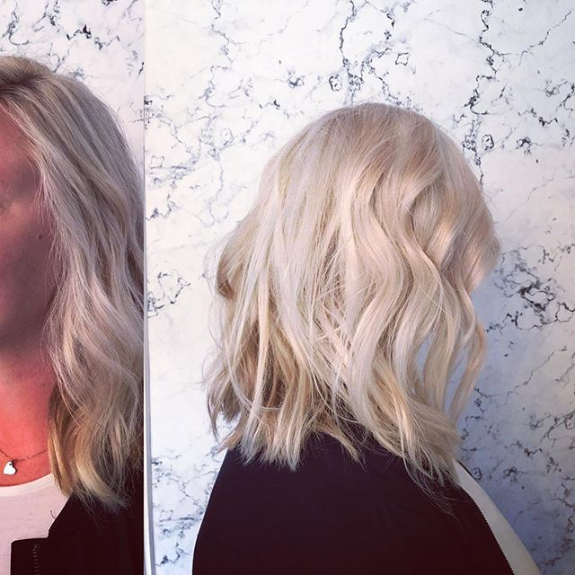 Come get that summer blonde! #omahasalon #randco #thegreyhousesalon color&cut by @carmen_at_the_greyhouse