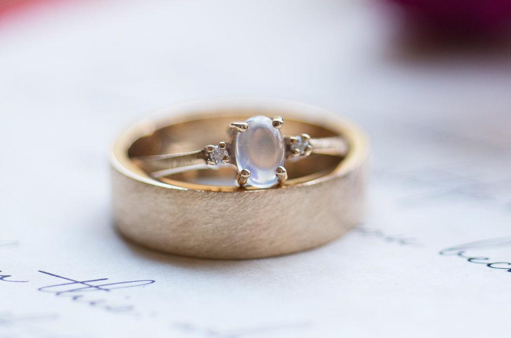 ENGAGEMENT & WEDDING -