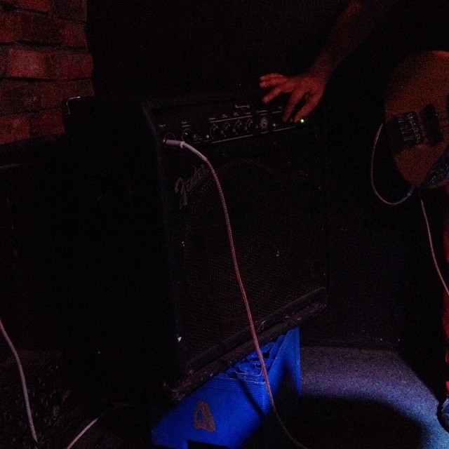 Problems & opportunities: busted Ampeg leads soundman to dig out Noel Redding's Bassman for us. #life http://ift.tt/1rZI7Bo