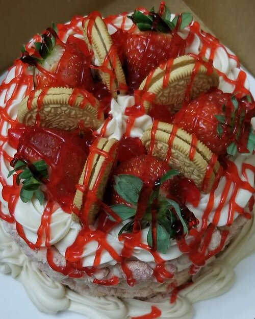 Specialty Cakes 20161123 020111