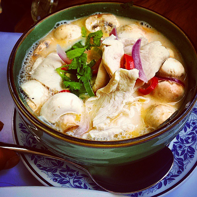 Tom Yum Gai, Thai Rim Nam,  picture by  @foodiesguidetosydney