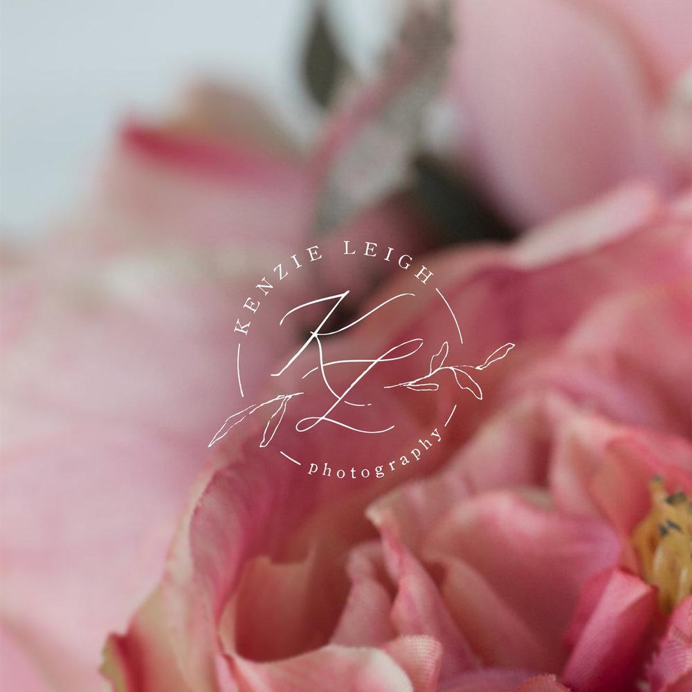 02_KL_PhotographyLogoDesign_Flower-min2.jpg
