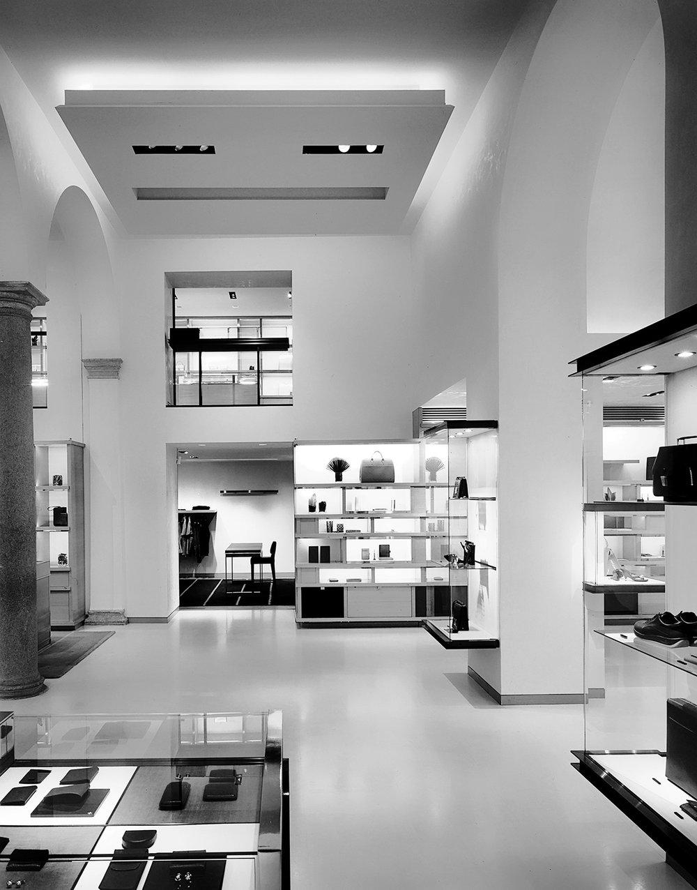 Louis Vuitton Via Montenapoleone  | Peter Marino | Milan