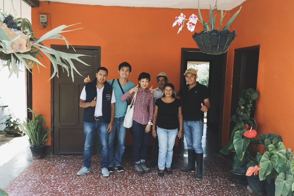 With Aldemar (left),  Hugo Trujillo (rightmost) and his family.