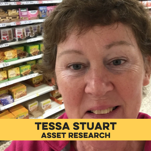 Tessa Stuart yellow band.png